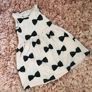 H&M Pink and Black Bow Dress. Size 4-6 years.